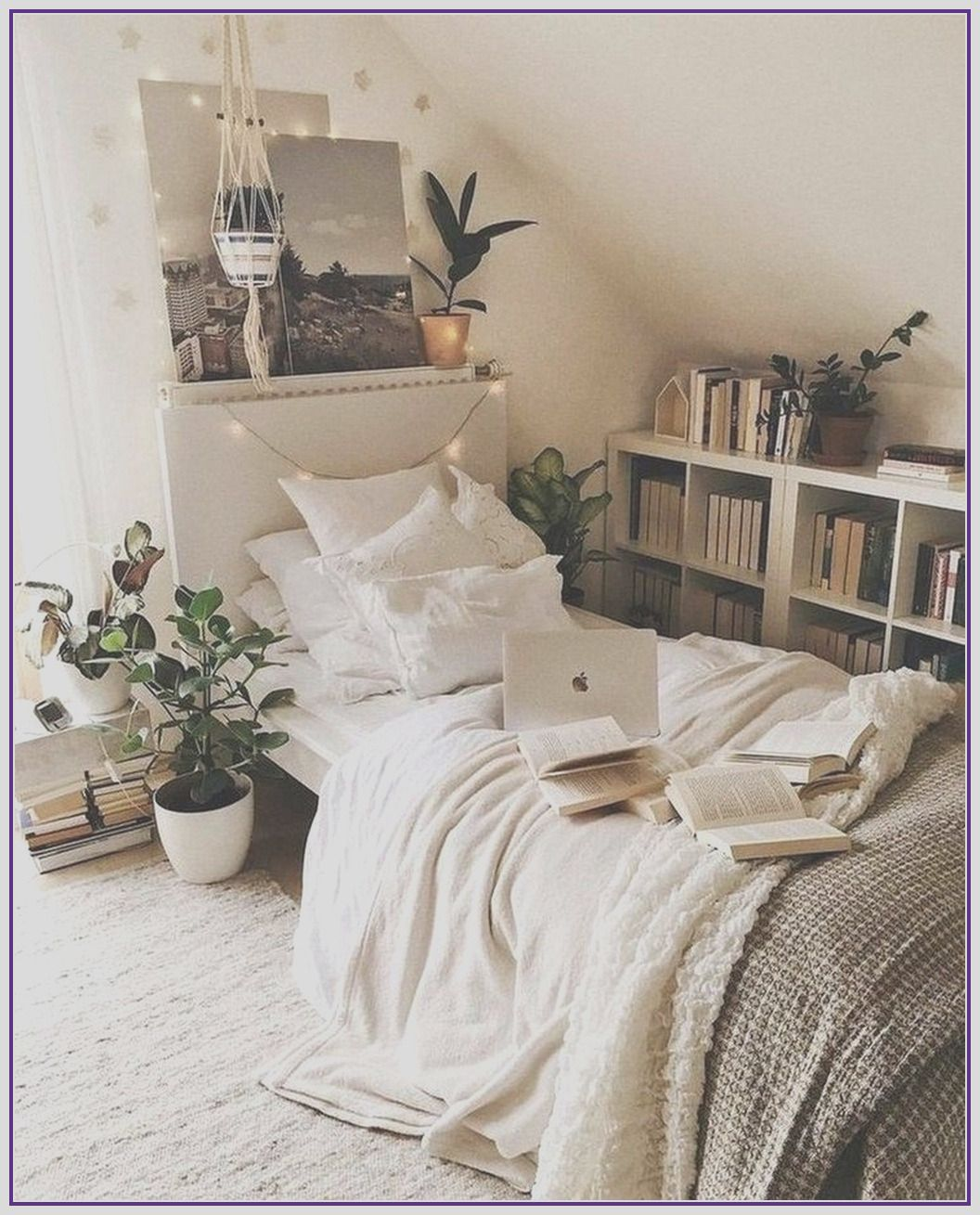 26 Minimalist Bedroom Decoration Ideas That Looks Cool In 2020 Apartment Bedroom Decor Tumblr Bedroom Decor Small Bedroom Diy