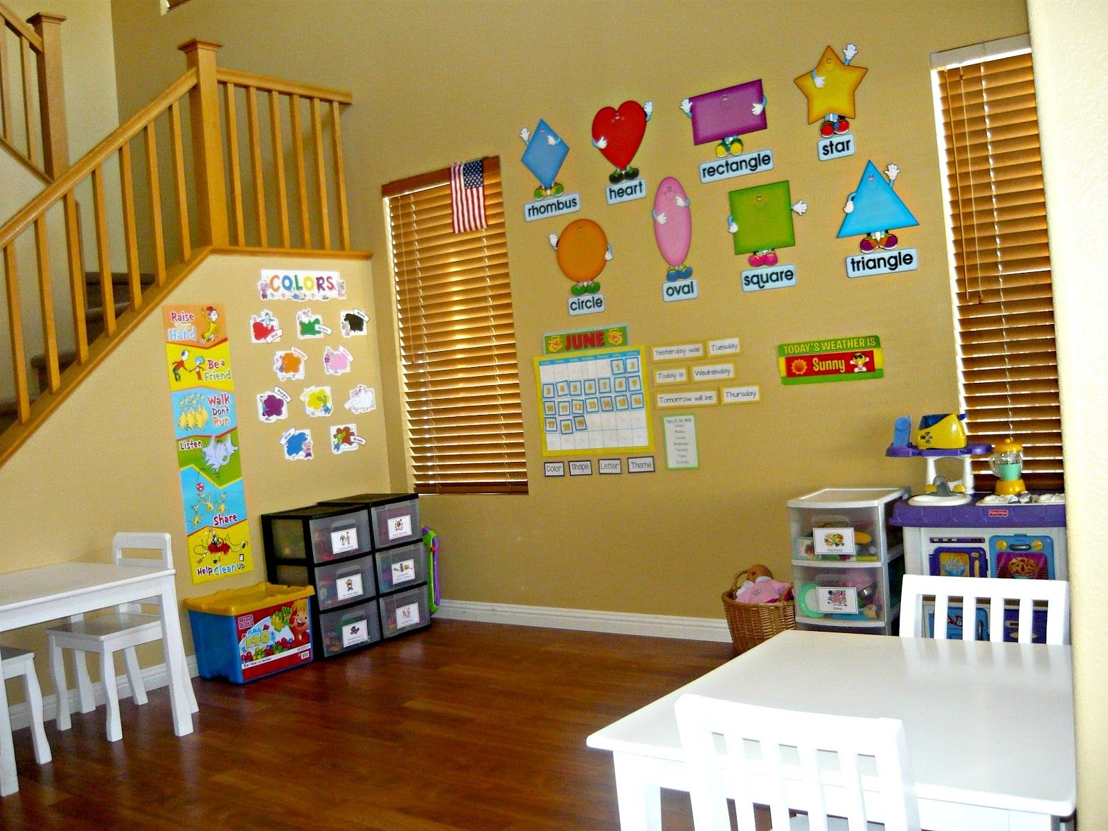 Kids Playing Room With Preschool Classroom Wall Decorations Design Ideas