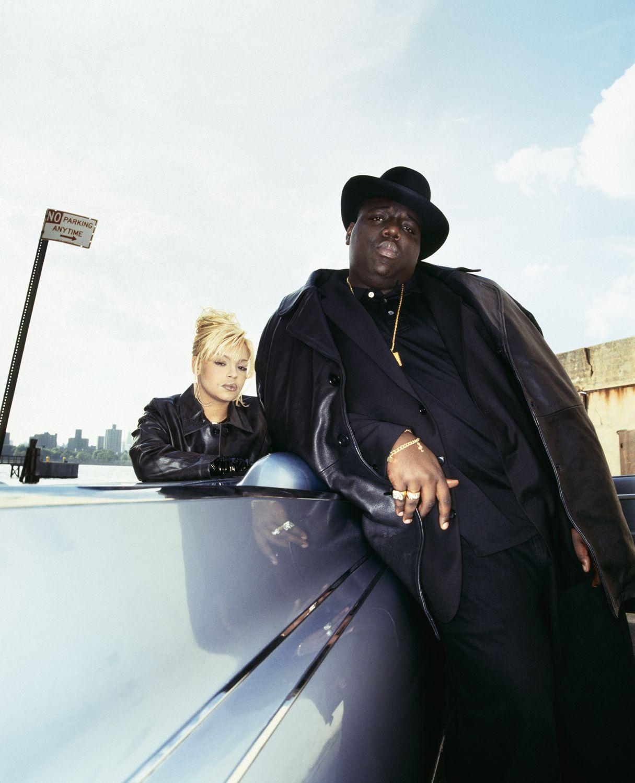 """Faith Evans and The Notorious B.I.G. – """"NYC"""" ft. Jadakiss  Besser späte als nie. Gestern kam die Meldung über das neue Album von Faith Ev..."""
