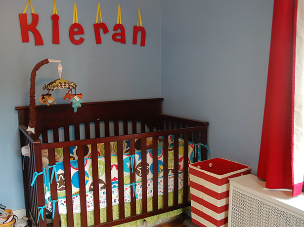 Cute nursery for a little boy! Bright red and blue accents. #red #blue #nursery