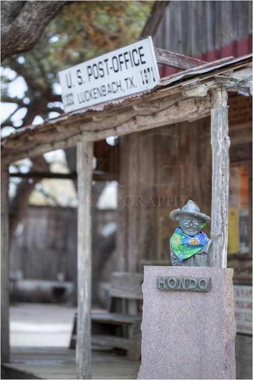 In 1970 Hondo Crouch Purchased Downtown Luckenbach For 30 000 Waylon Jennings Jerry Jeff Walker And Wil Jerry Jeff Walker Texas Hill Country Texas Music