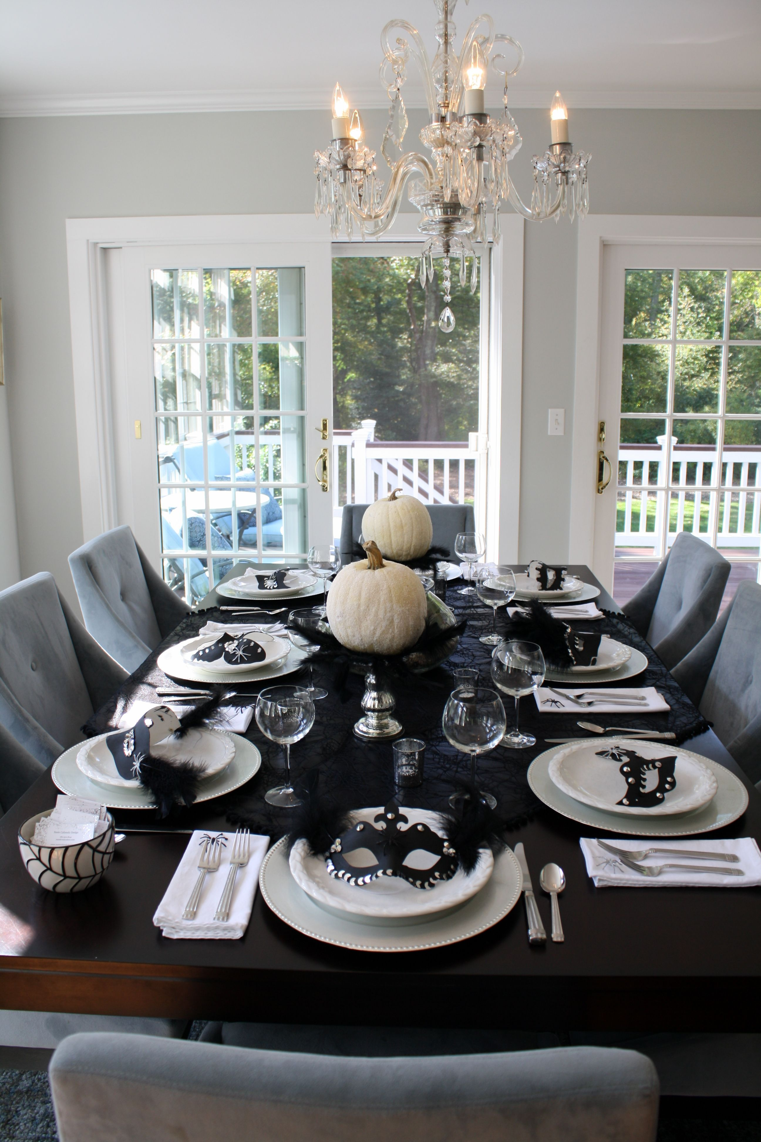Masquerade Dinner Party Ideas Part - 33: Masquerade Party Dinner Table Layout