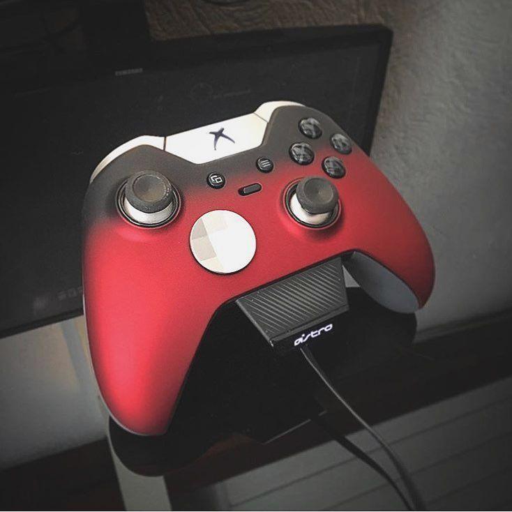 Black rose elite custom Xbox one controller • | Apartment | Custom