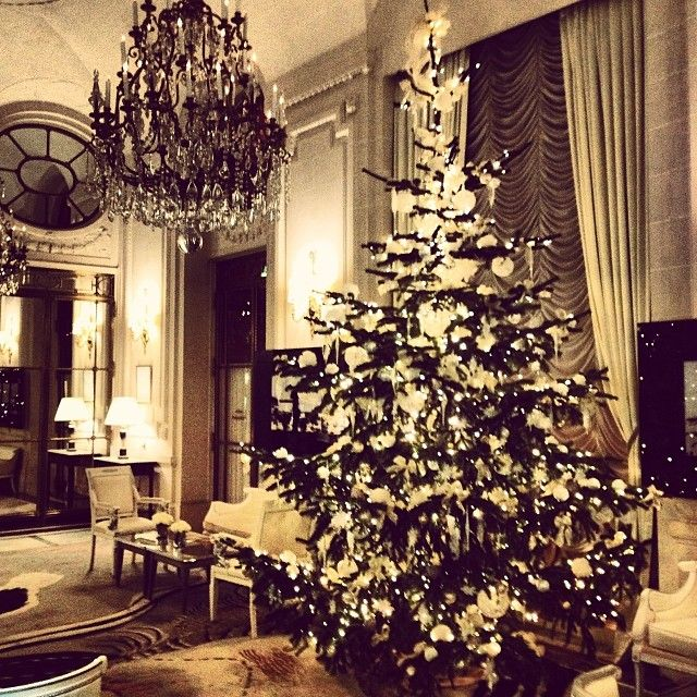 Christmas at Hotel Le Meurice, Paris. Photo courtesy of smoothcaramel on Instagram.