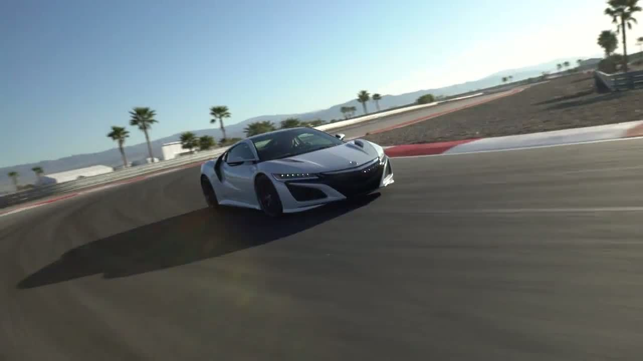 Watch the new acura nsx in action at the thermal club raceway http