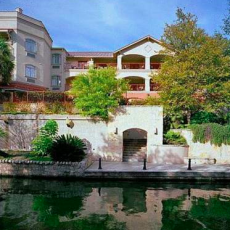 Dog Friendly Hotel In San Antonio Tx Indigo Riverwalk