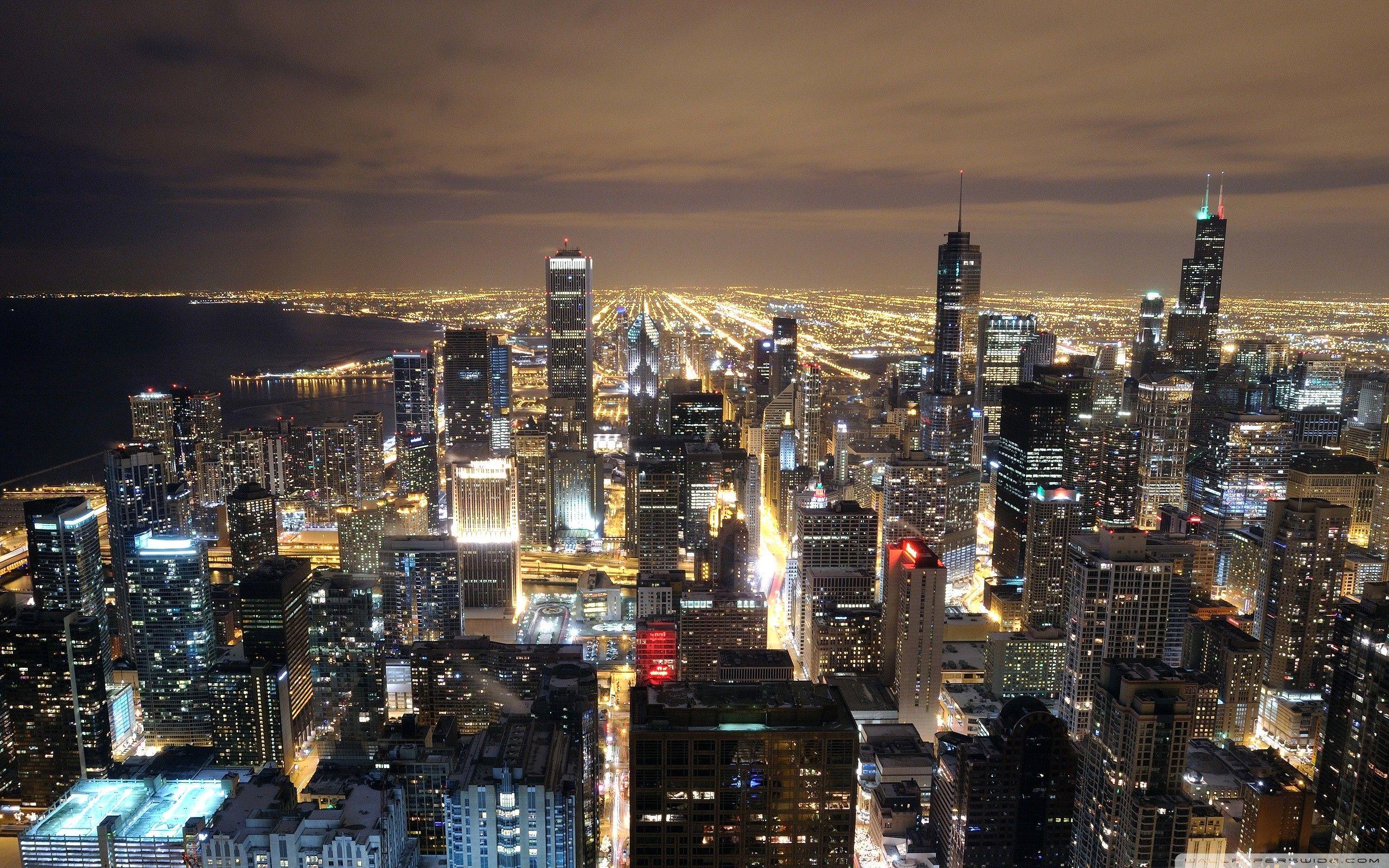 Chicago Skyline Wallpaper 4k In 2020 Chicago Hotels Chicago Wallpaper Chicago At Night