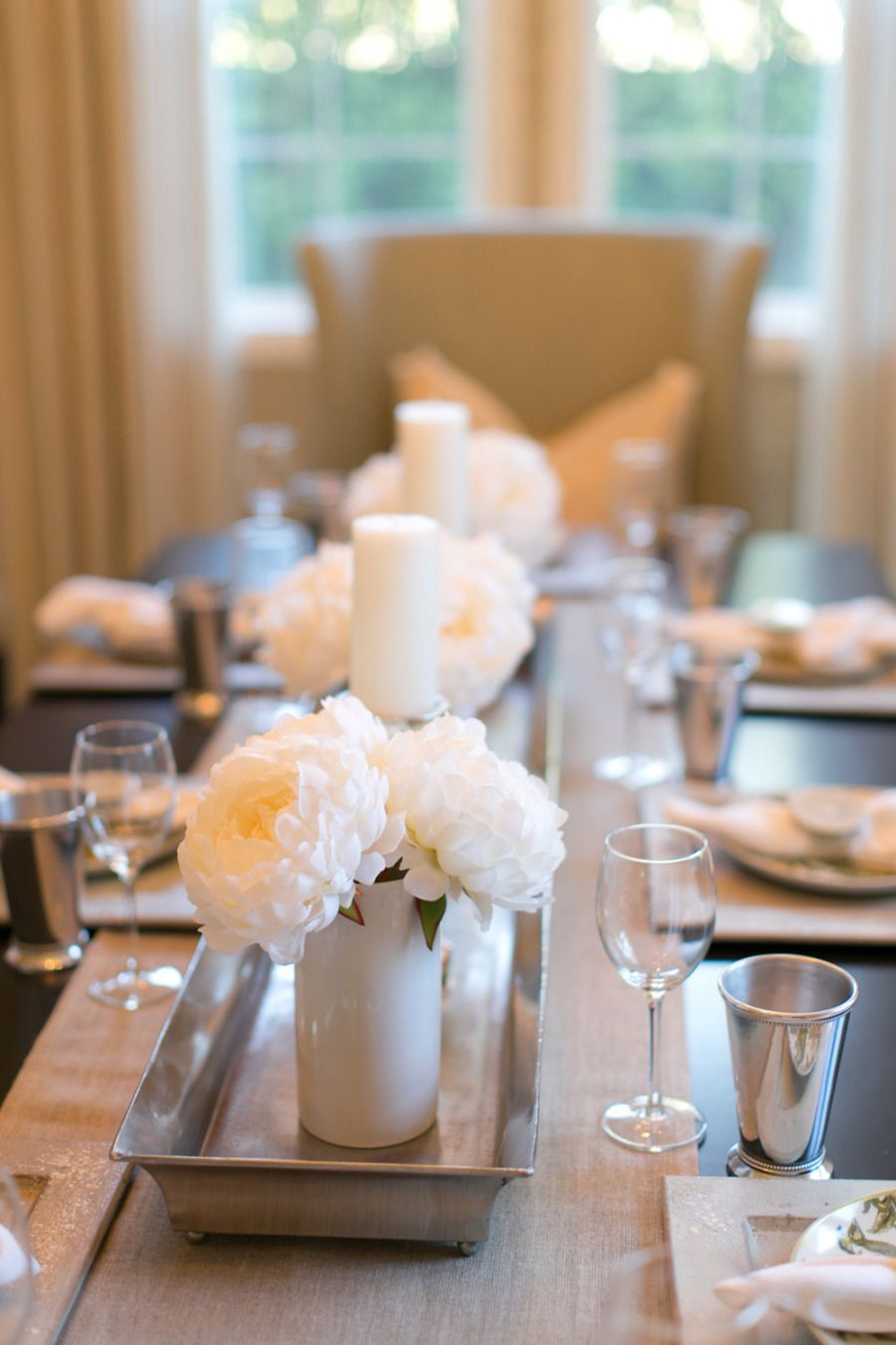 Best 25 formal dining table centerpiece ideas on for Formal dining room table centerpieces