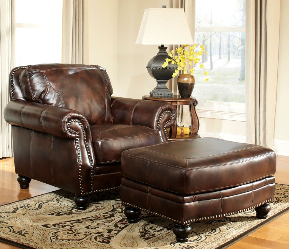 Leather Armchair And Ottoman Vgptdnv