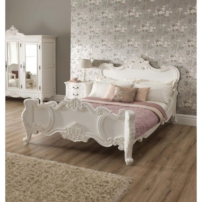 Shabby Chic Bed So Pretty