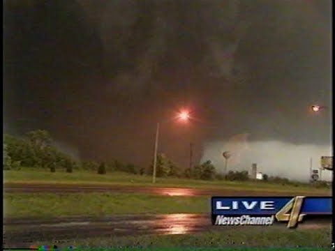 May 3 1999 Tornado Kfor Live Coverage Wild Weather Tornado Pictures Storm Photography
