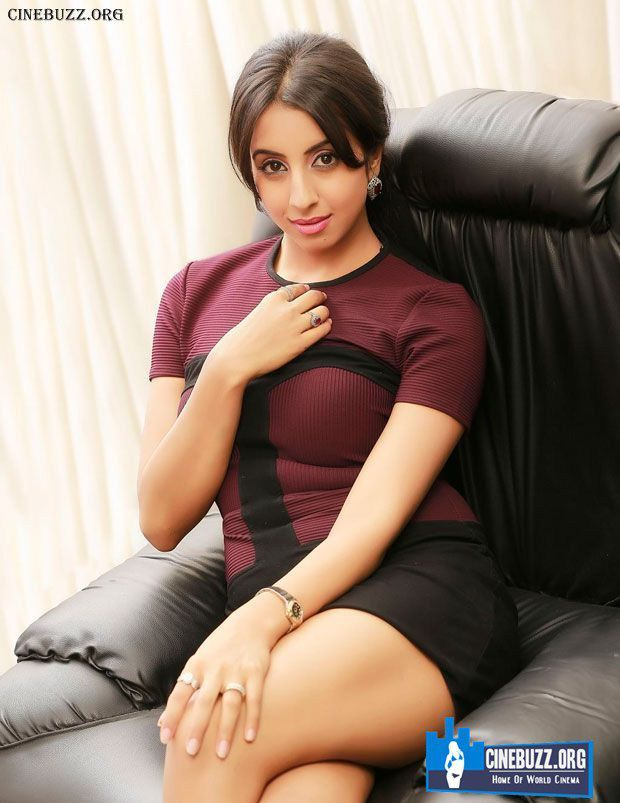 Pin By Cinebuzz On Tollywood Actresses  Bollywood Actress -9398