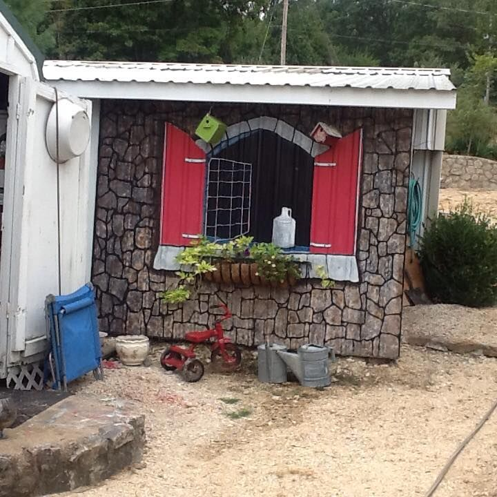 Garden Art, Junk & Antiques... I Painted This On The Side