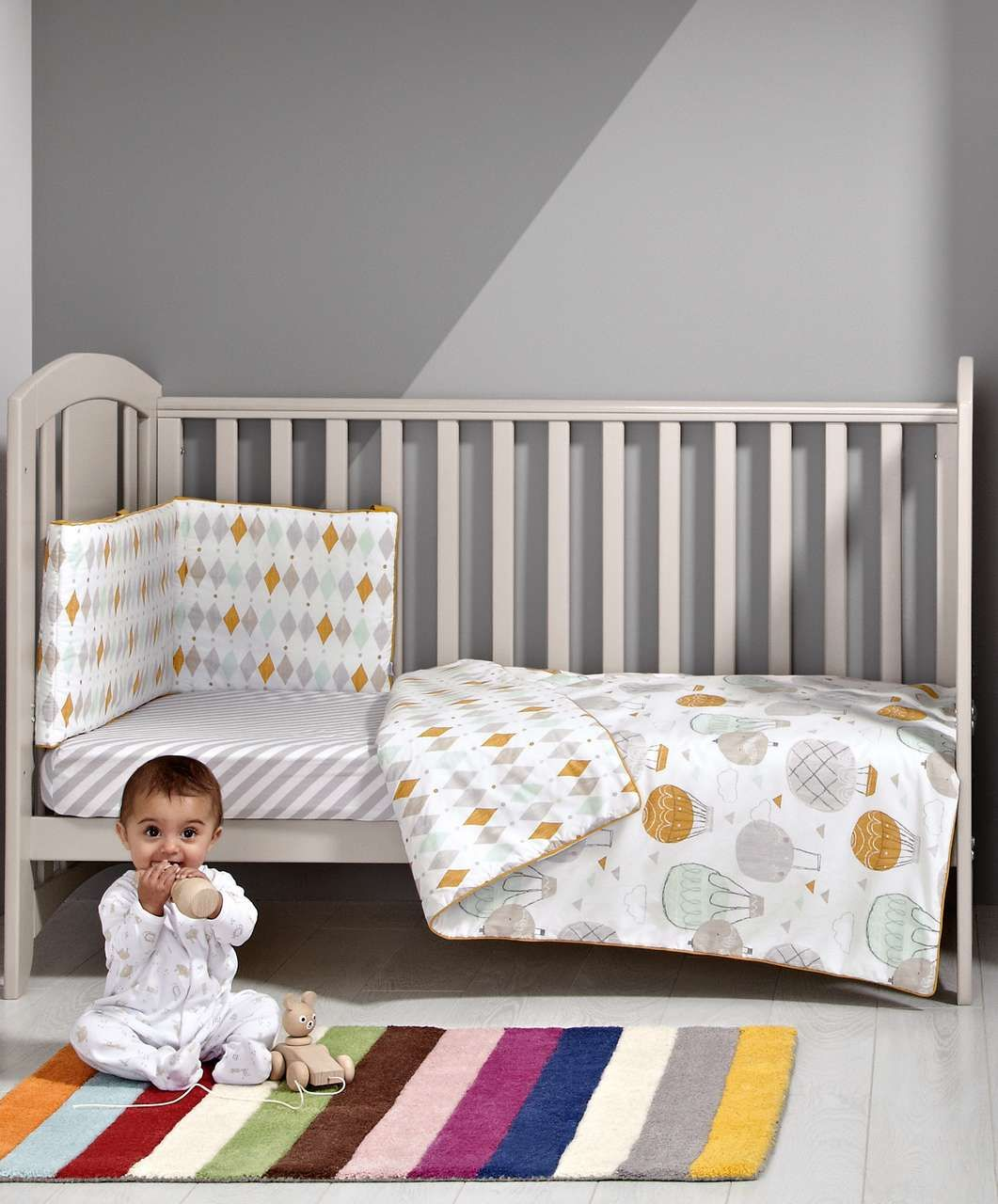 Patternology - Balloons Bumper - Quilts | Coverlets | Bumpers - Mamas & Papas