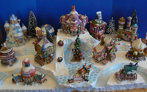 Custom Miniature Christmas Village Display Platform Dept 56 North