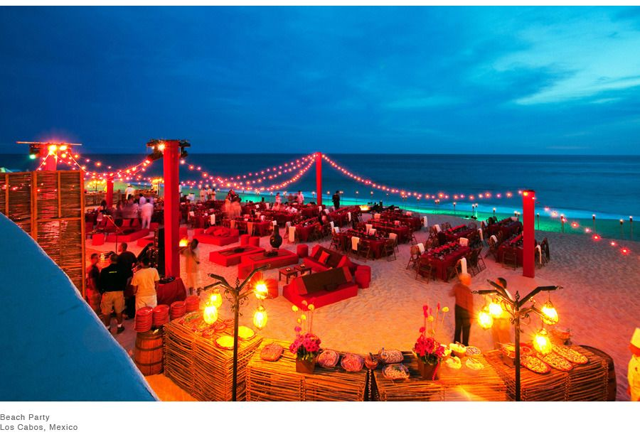 Red Beach Wedding Reception Decor Photo By Colin Miller Photography