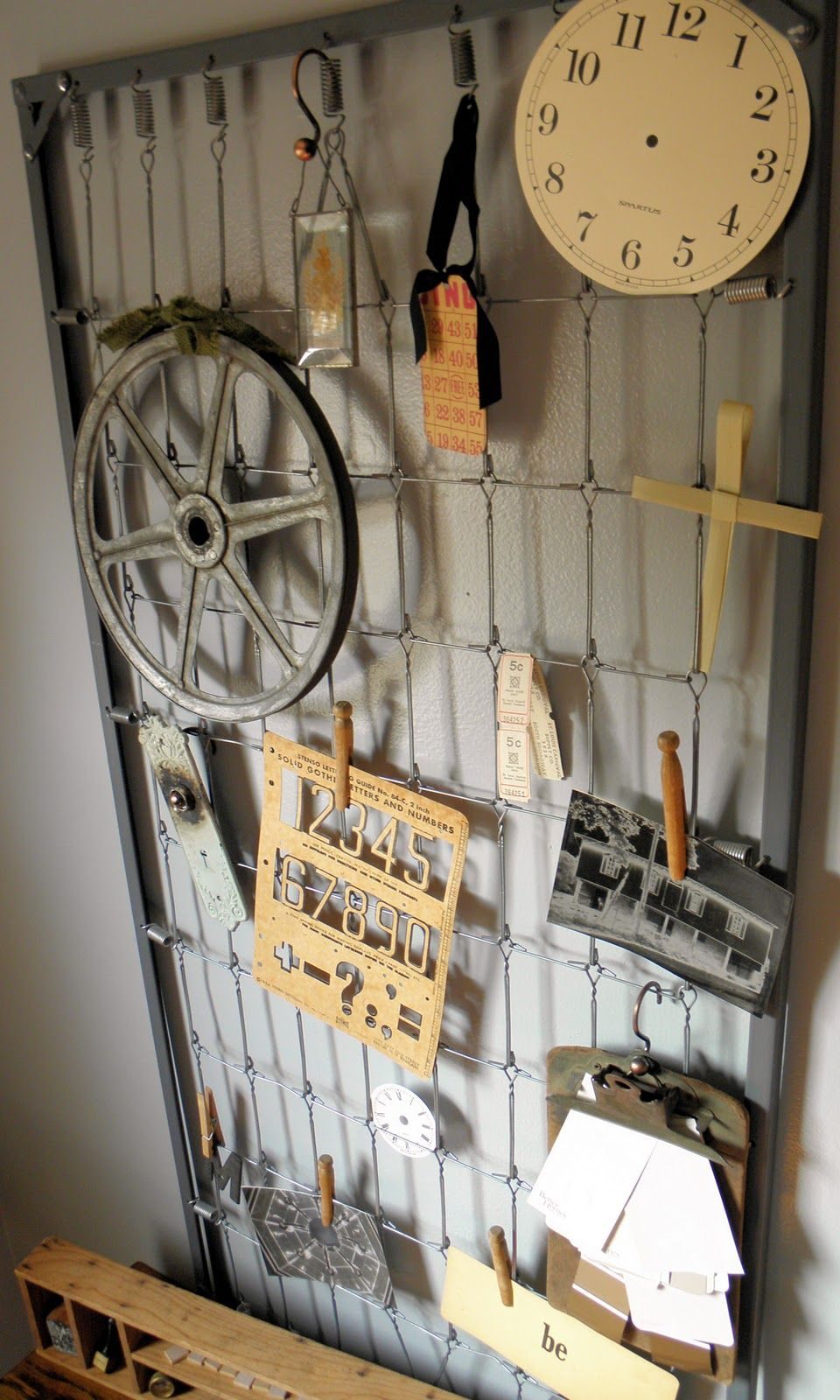 Crib bed spring to bulletin board | Projects begging to be made ...