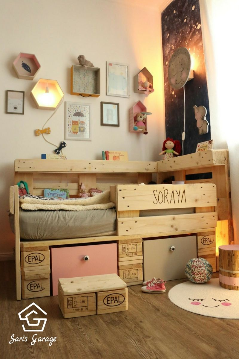 palettenbett f r kinder kinderbett aus europaletten diy anleitung selber bauen bett. Black Bedroom Furniture Sets. Home Design Ideas