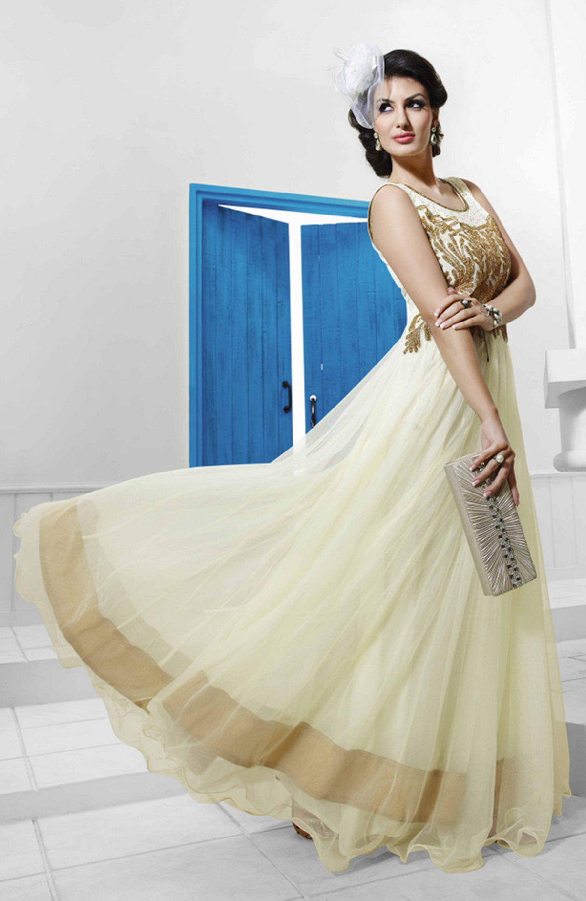 Buy Designer Wedding Gowns Net With Santoon Inner at minimum cost ...