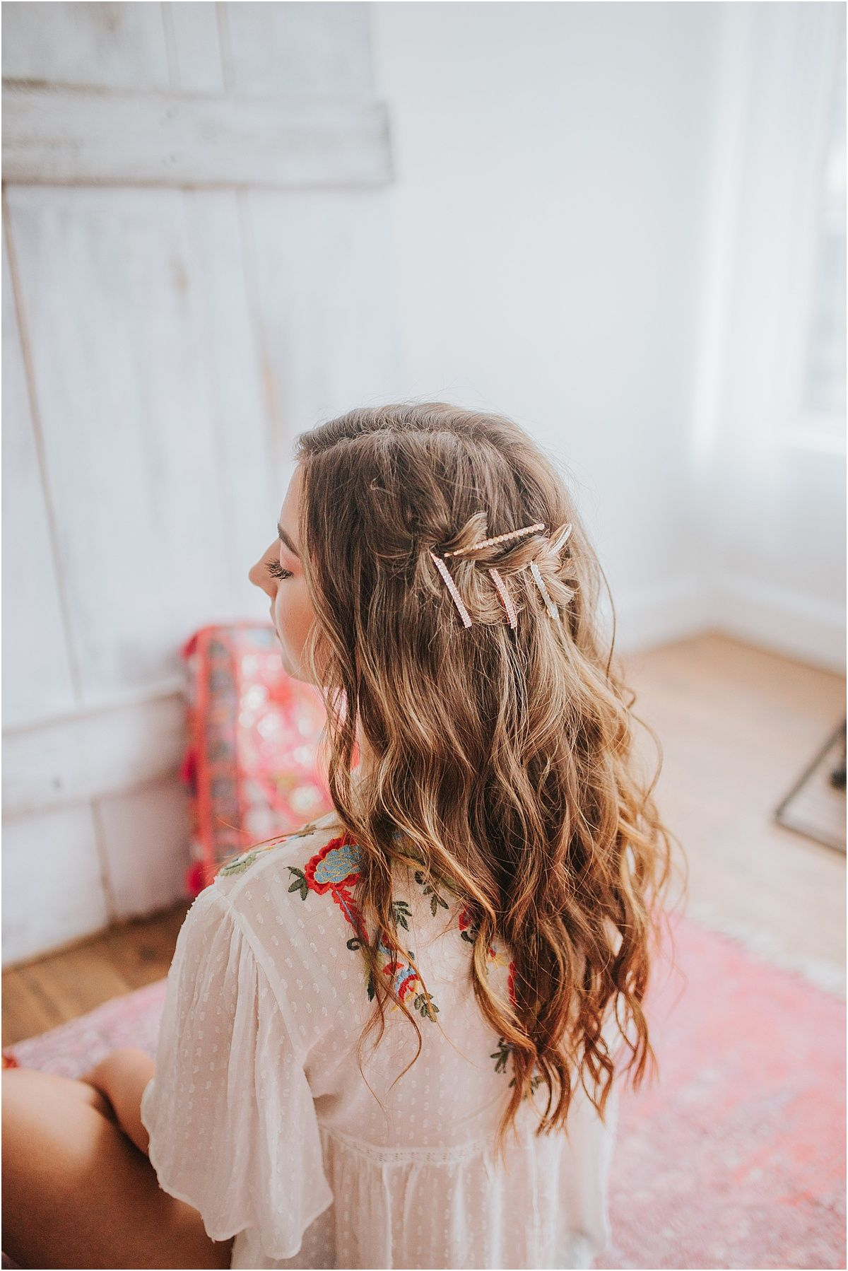 The Spring Sessions Stylized Shoot And Cute Little Animals Look For The Light Cool Hairstyles Everyday Hairstyles Cute Little Animals