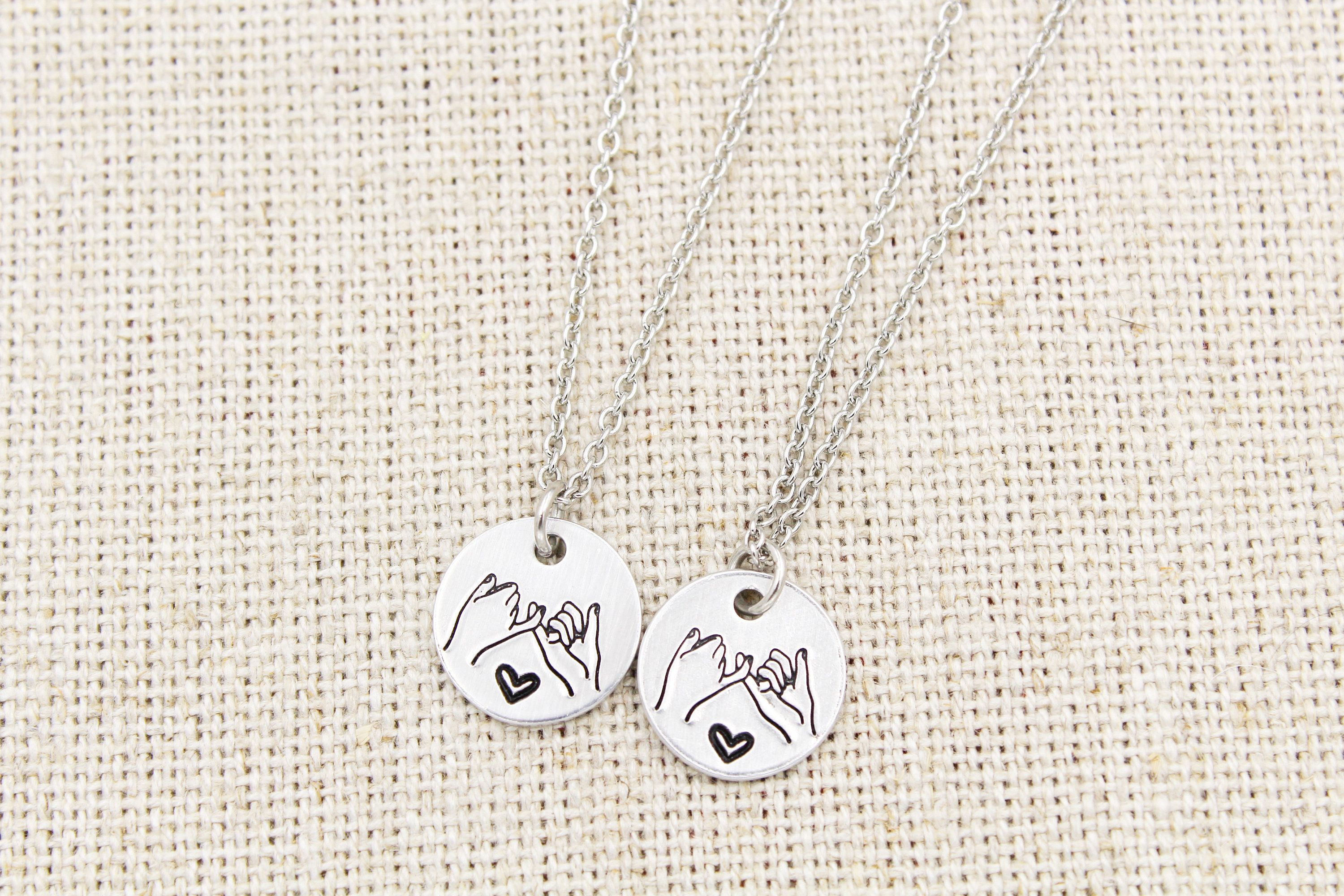 Couple Necklace Personalized Gift BFF necklaces for 2 friendship gifts for 2 Best friend Necklace Set of 2 Pinky promise 2 Friend gifts