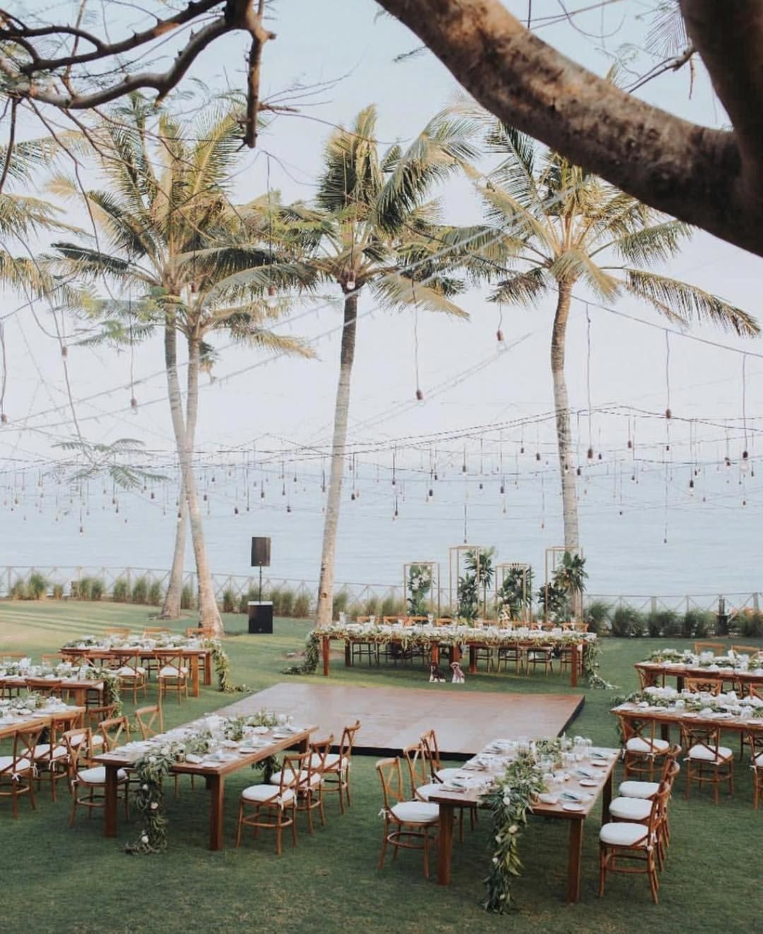 Beautiful Wedding Reception Decoration Ideas Romantic Beach Wedding Seating Plan Wedding Beach Wedding Reception