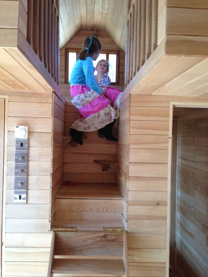 Best Tinywood Homes Folding Staircase This Isn T A Tiny House On Wheels But The Concept Could Work 400 x 300