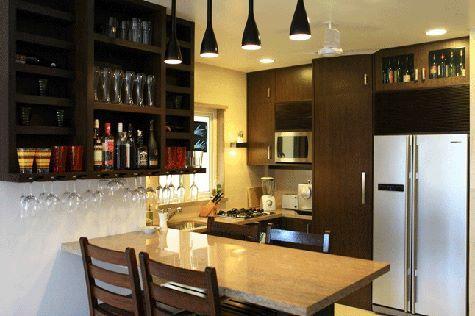 Kaizad Dinshaw S Small Stylish Apartment In Mumbai Small