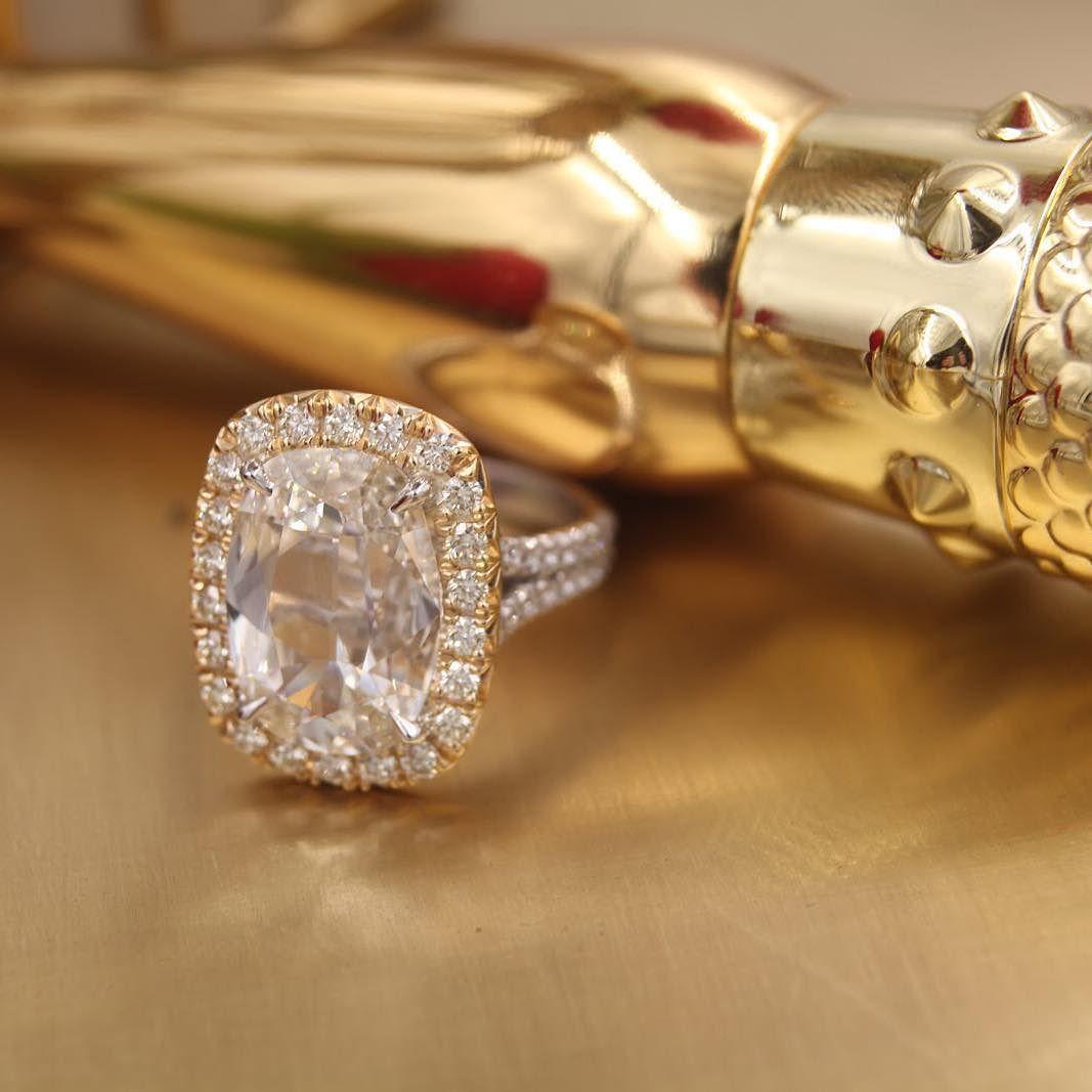 Sparkle and shine #henridaussi #engaged #glam #style