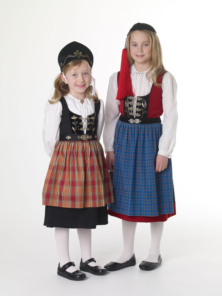 Traditional Dress of Iceland