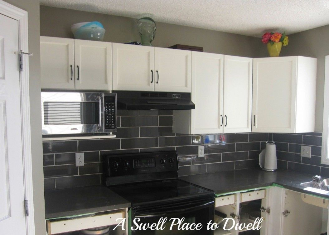 - Black White Grey Mosaic Ceramic Backsplash Tile With Kitchen Hoods