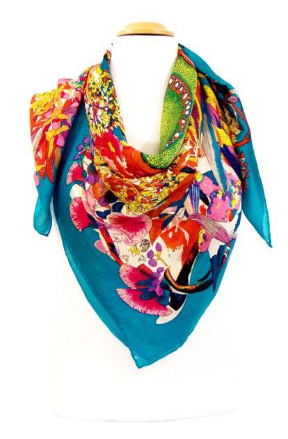 91fe83ebeac3 foulard carre de soie bleu canard fleuri 105 x 105 cm   mesecharpes ...