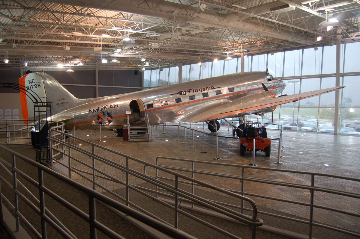C.R. Smith Museum Will smith, American airlines, Museum