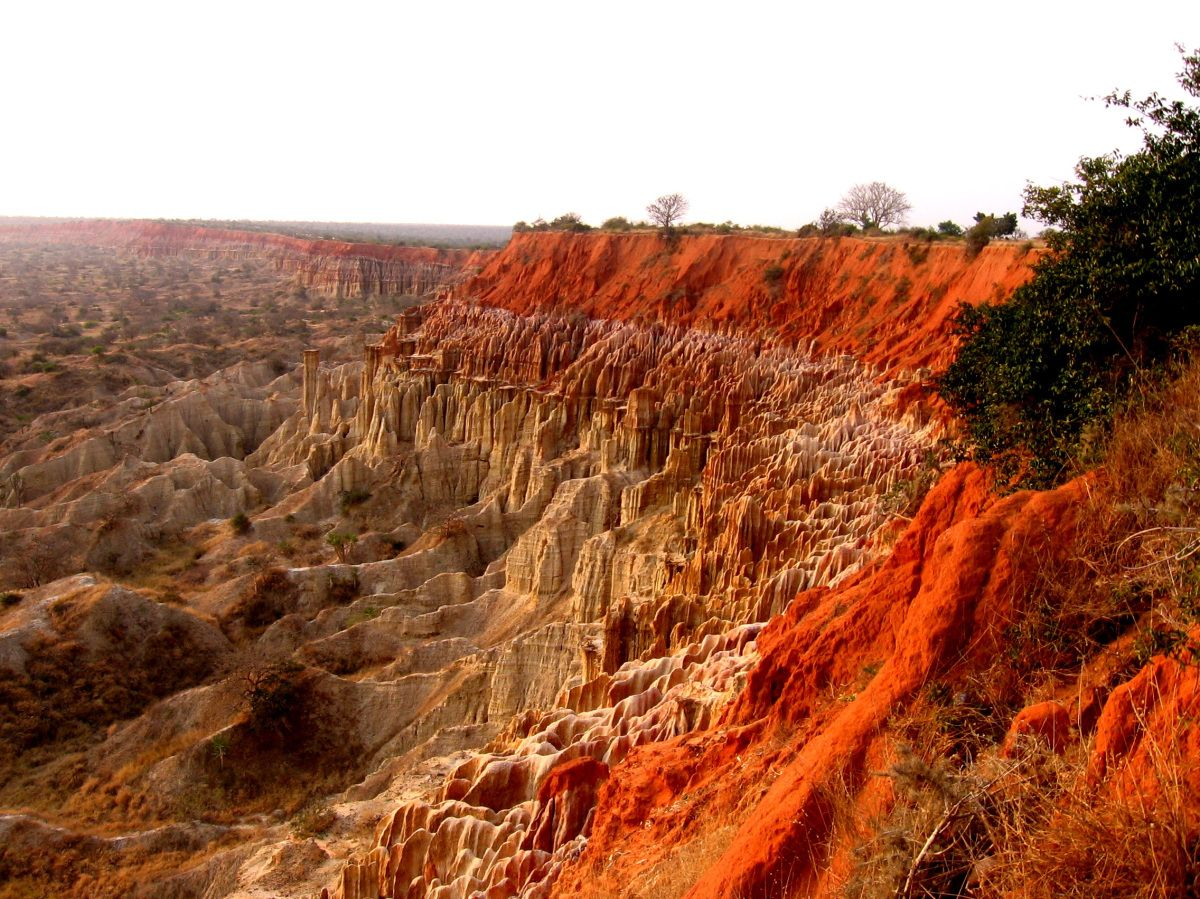 Experiences Of The Sadf Soldier Angola Africa Valley Of The Moon Cool Places To Visit