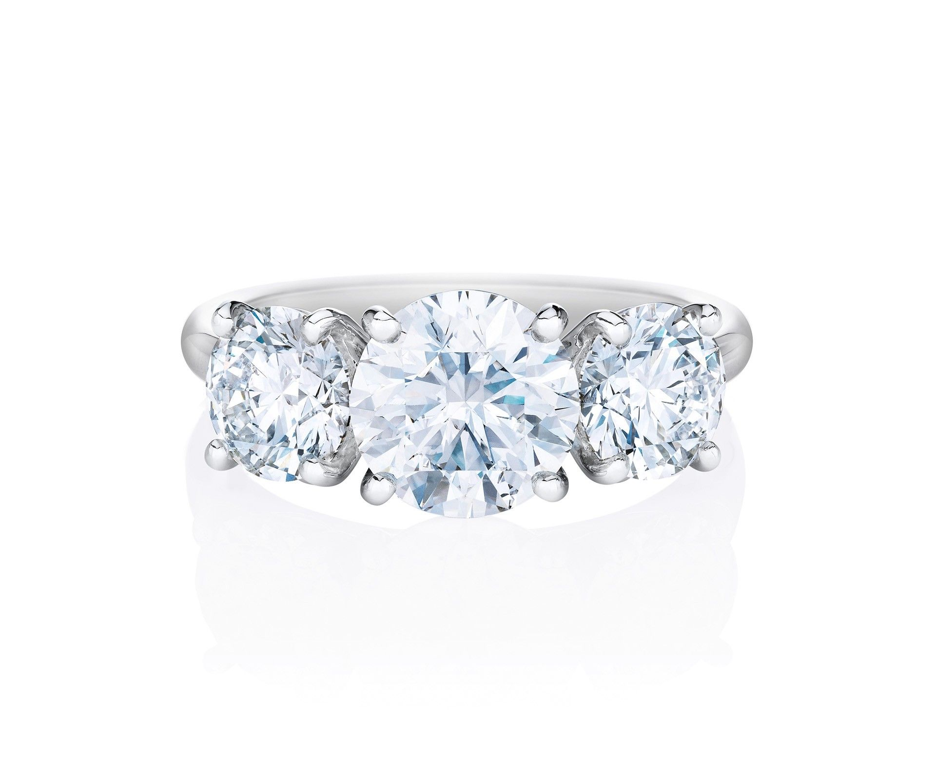 Db classic trio ring weddings pinterest ring de beers and diamond
