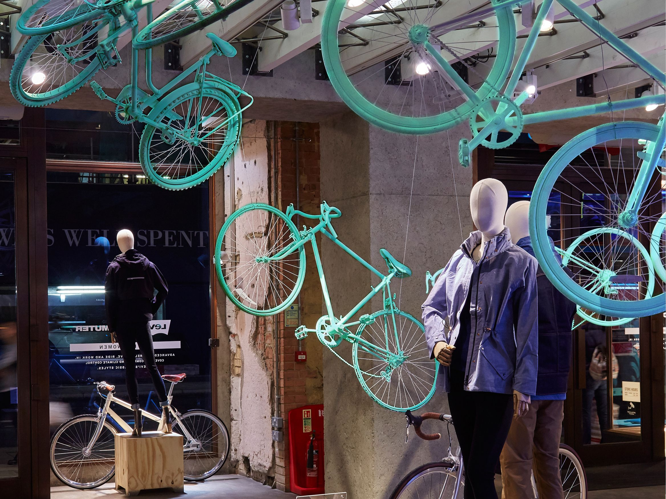 Prop Studios For Levi S Retail Windows Commuter Collection In