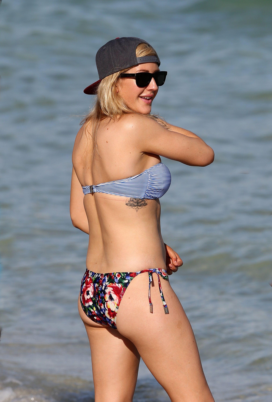 Bikini Ellie Goulding naked (84 photo), Ass, Leaked, Twitter, braless 2019