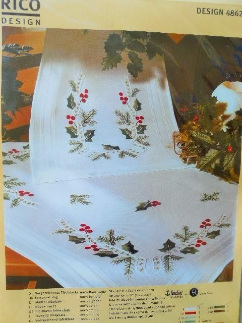 Christmas Wreath Christmas Table Runner Rico Design Complete Embroidery Kit