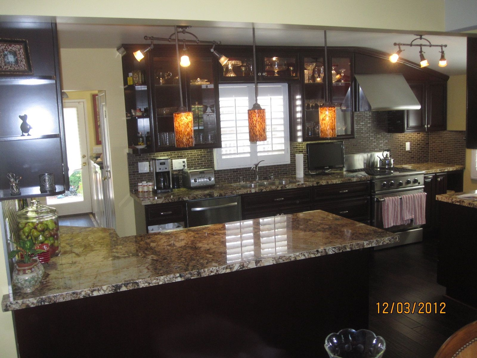 Countertops for Dark Cabinets | Looking to remodel ...