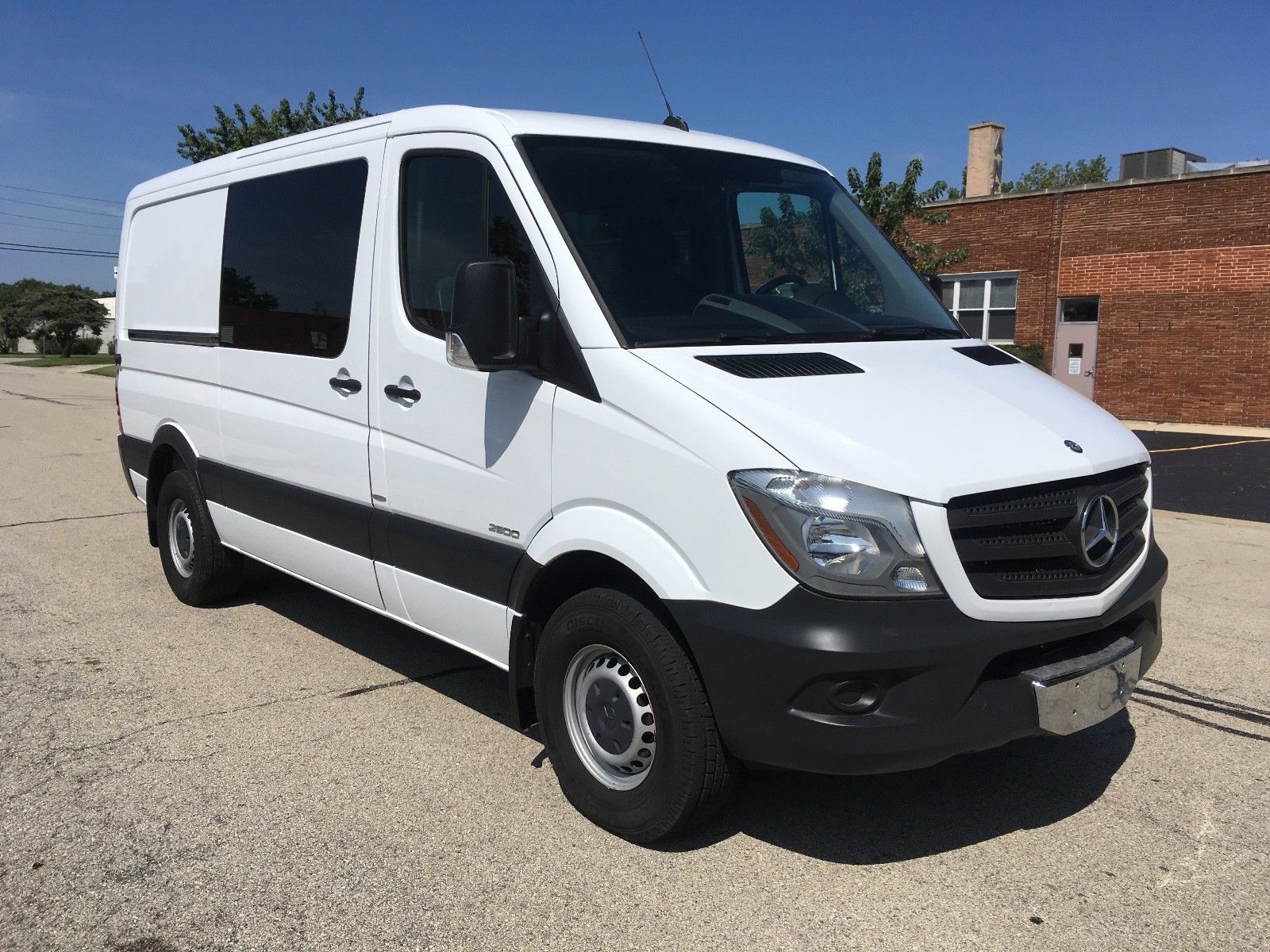 The minibuses based on the mercedes benz sprinter 2018 also gets to - Nice Amazing 2014 Mercedes Benz Sprinter 2500 2014 Mercedes Sprinter Crew 5 P 2018 Check