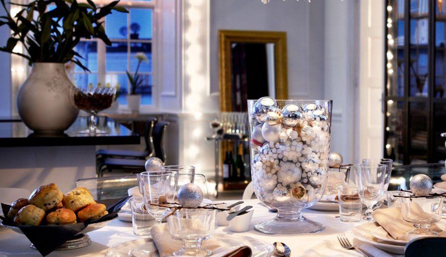 Si te sobran bolas de navidad en rbol puedes crear un for Decoracion hogar tenerife
