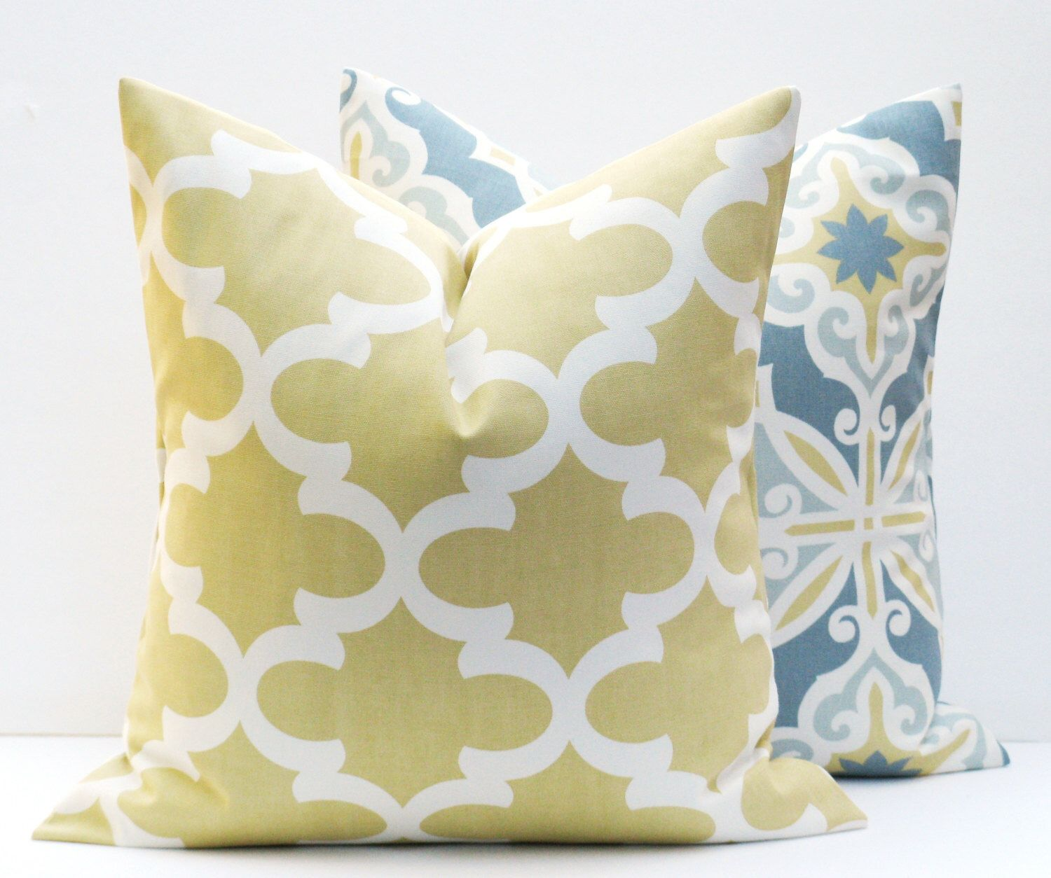 Pin By Kathy Wilt On Pillows Yellow Pillows Gold