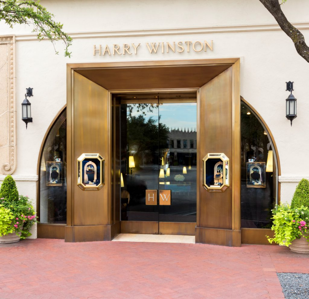 Christmas Lights At Highland Park 2020 Get to Know…Harry Winston | Highland Park Village in 2020