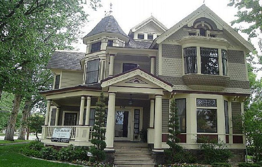 Gothic victorian style homes - House design plans