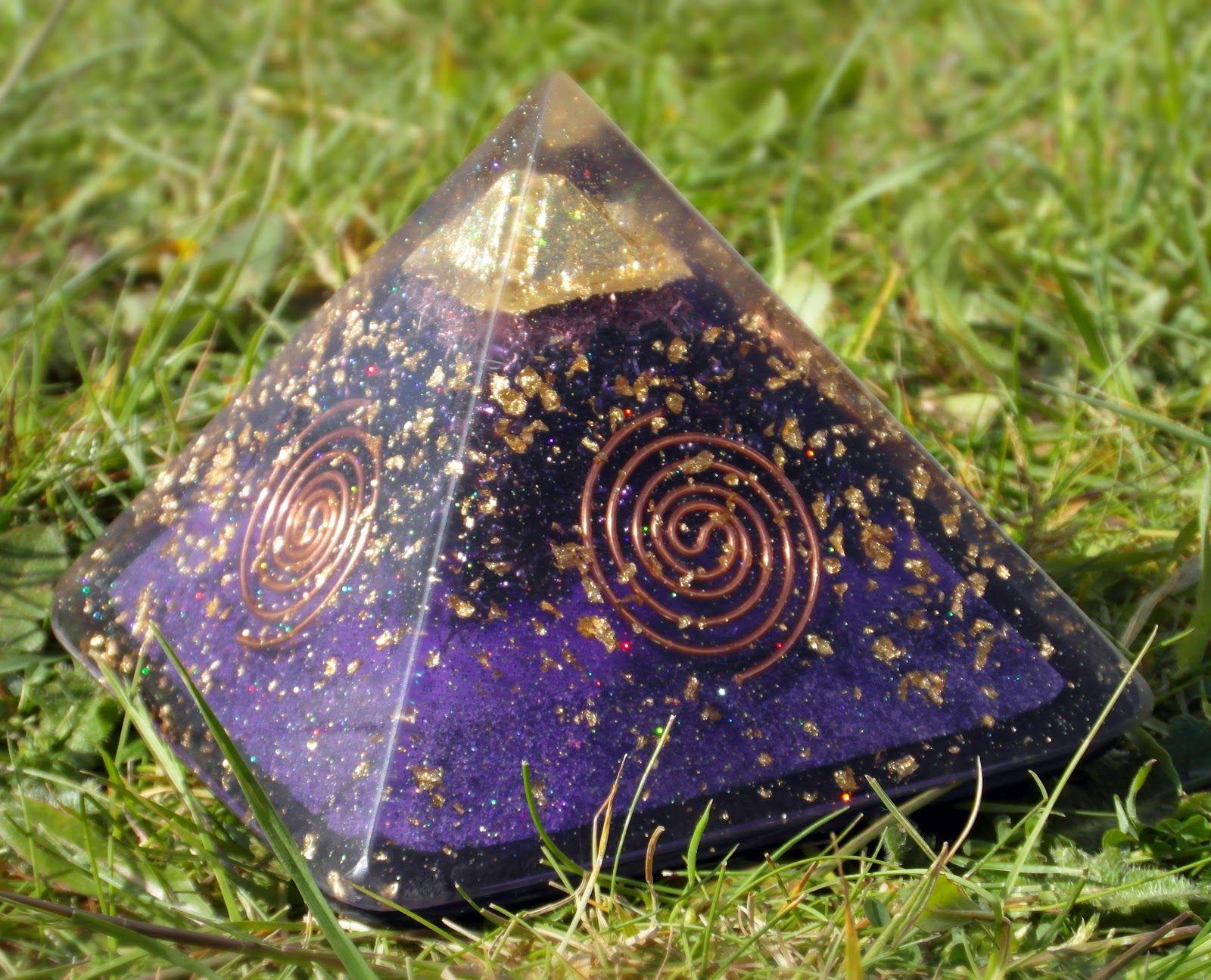 Orgone And The Power Of Orgonite Orgonite Orgone Energy Orgonite Pyramids