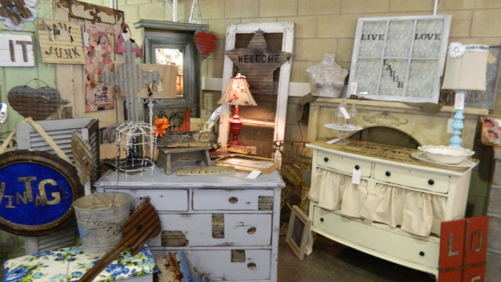 Delightful Furniture Craft Booth Displays | SHABBY GALS NEST: The Booth At The Craft  Show