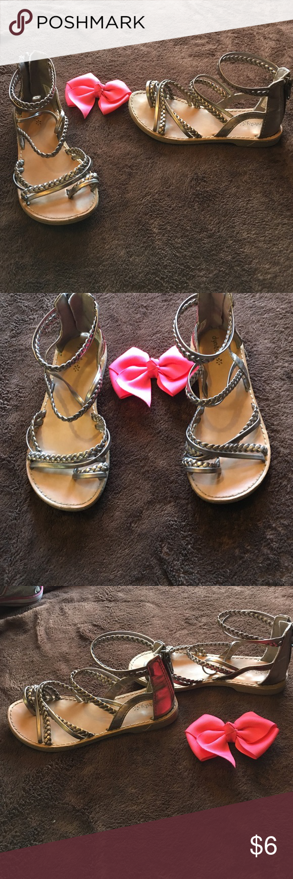 🎀 cute girls strappy sandals 🎀 Girls metallic gray/bronze color sandals in size 11 in good condition Shoes Sandals & Flip Flops