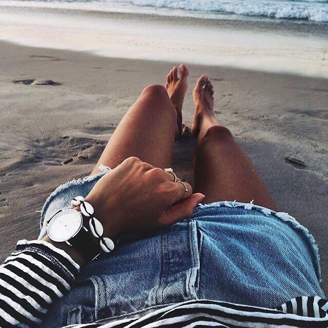 @kaptenandson | 'Focus on what makes you happy.' Beautiful beach pic by @andicsinger | #kaptenandson #bekapten #kaptenworld #australia #byronbay