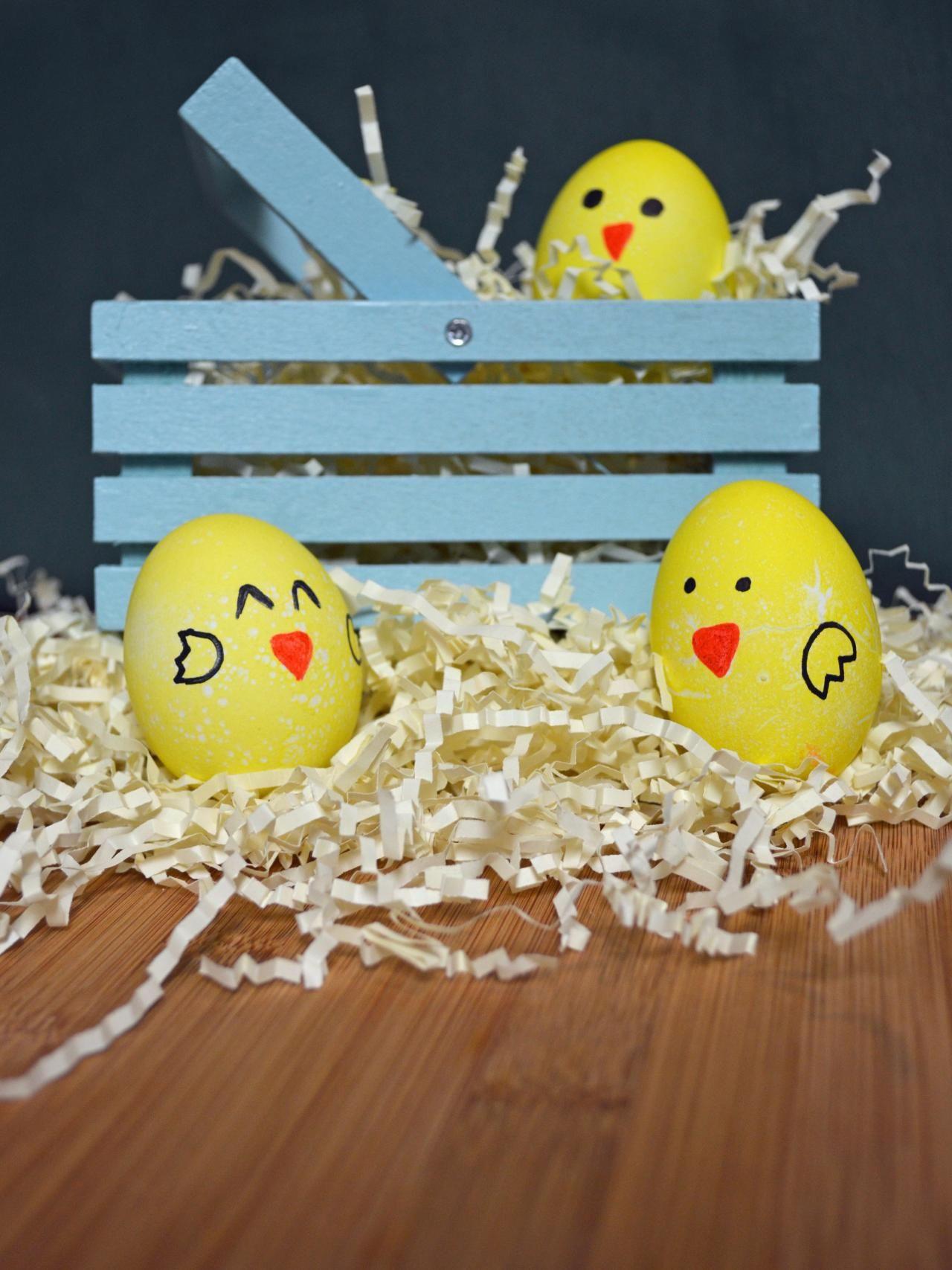 Ovos de Páscoa decorados como pintinhos | Eu Decoro