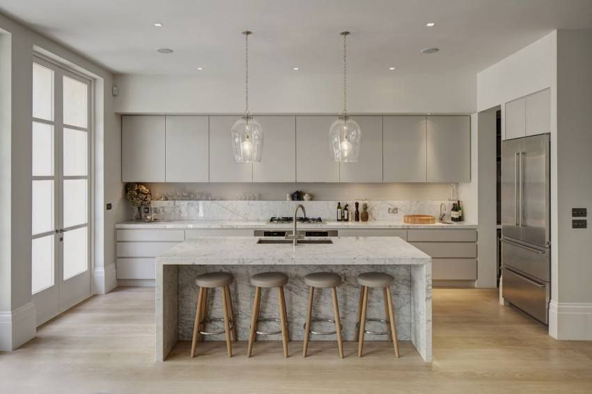 Granit Arbeitsplatten sind resistent gegen Säuren, hitzeunempfindlich und kratzfest. Außerdem erfüllen sie auch die ästhetischen Ansprüche.   http://www.granit-naturstein-marmor.de/granit-arbeitsplatten-robuste-arbeitsplatten